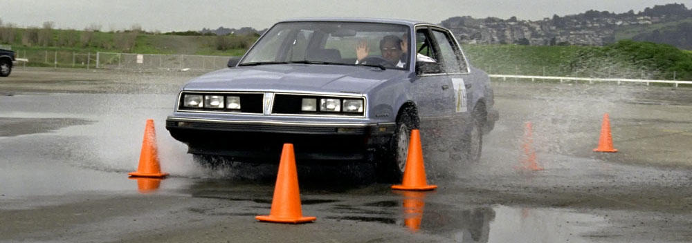 Testing an autonomous vehicle, no hands on wheel